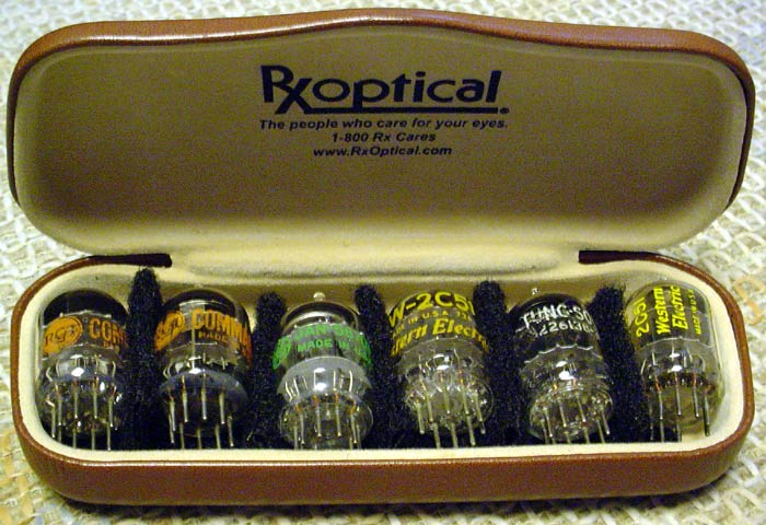 Center channel amp Maverick-tubes