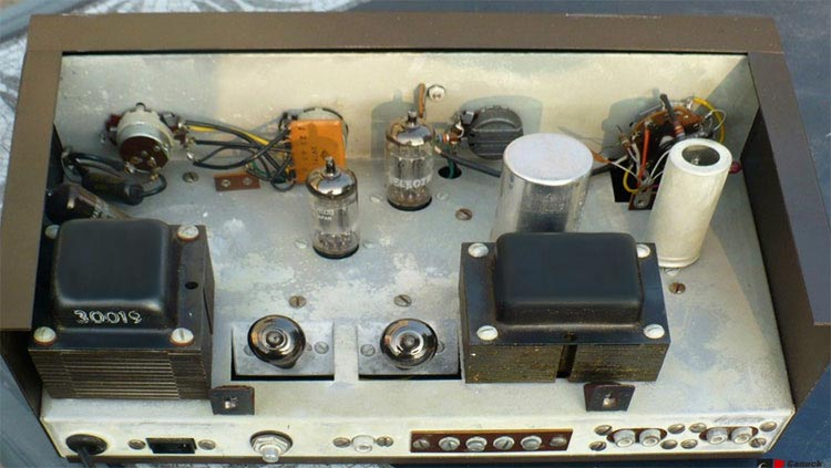 Center channel amp Eico-hf12a-guts