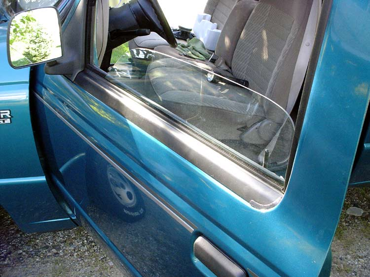 List in root for 2000 ford ranger window trim