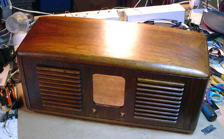 flea market pick ups  Rca-radio-case